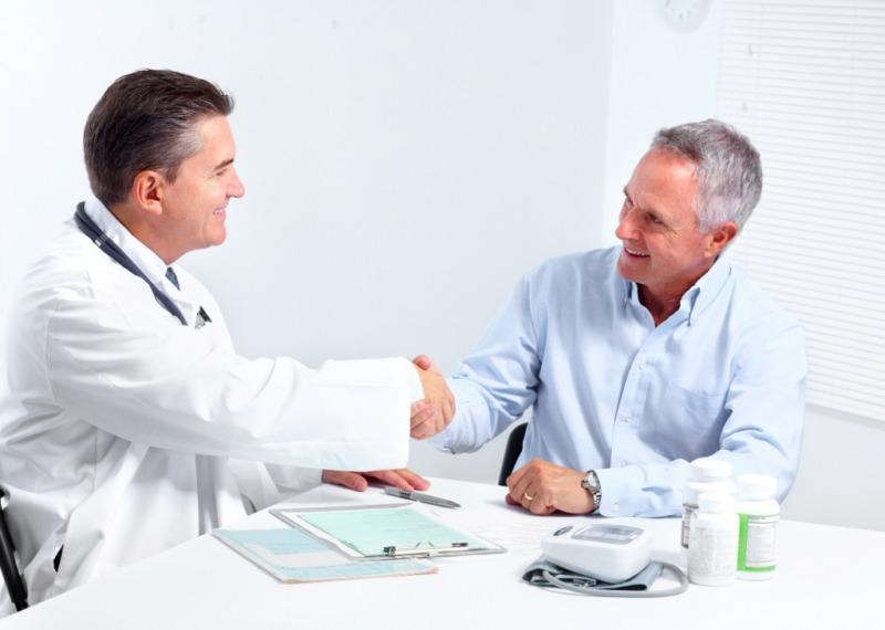 Прием медикаментов нужно проводить по назначению врача