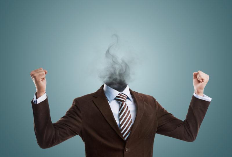 Раздражительность - один из признаков наступающего климакса