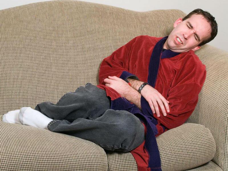 Почему болят яички у мужчин: причины и лечение
