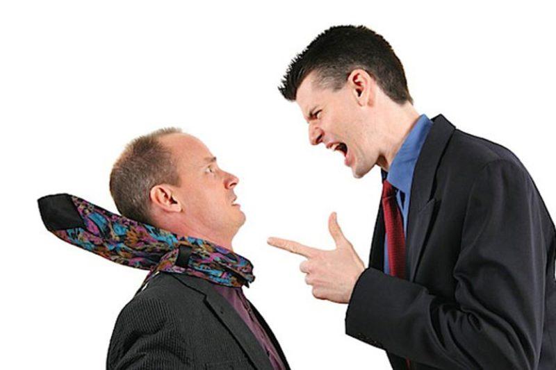 Приступ агрессии начальника по отношению к подчиненному