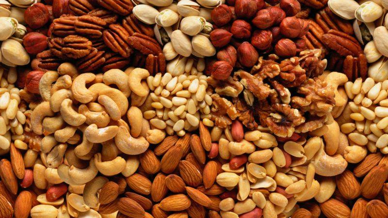 Орехи можно употреблять только в ограниченных количествах