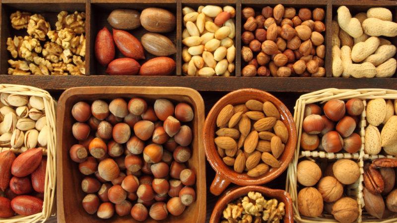 Набирать мышечную массу помогают орехи